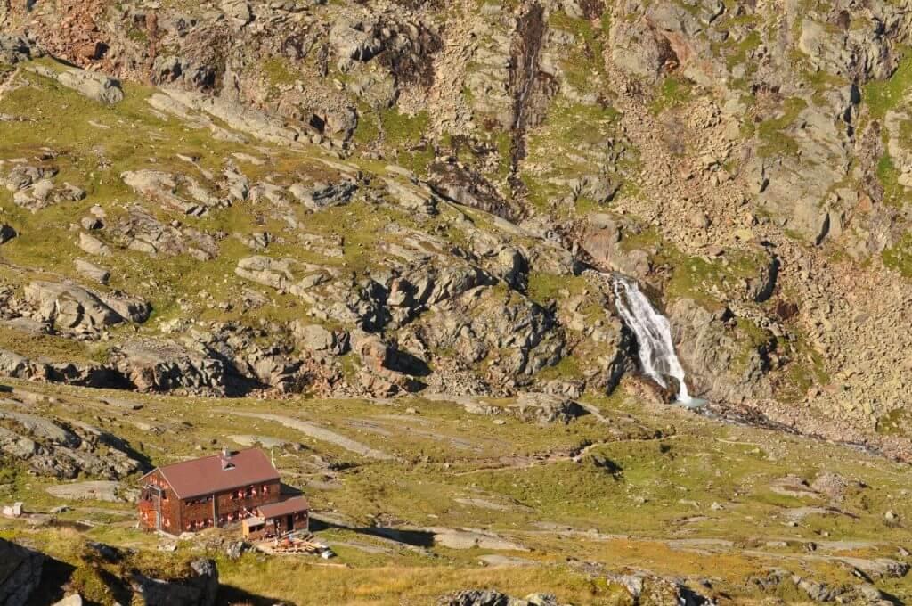 Wasserfall an der Elberfelder Hütte