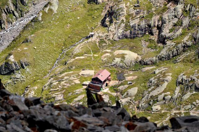 die Elberfelderhütte vom Roten Knopf (Teleobjektiv)