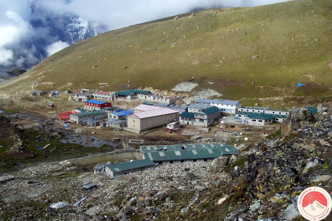 das Dorf Lobuche am Fuße des Khumbu-Gletschers, Mount Everest Base Camp Trek, Nepal