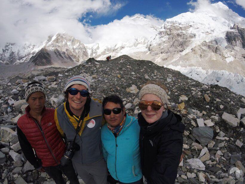 Yogeshi, ich, Prem und Silvia
