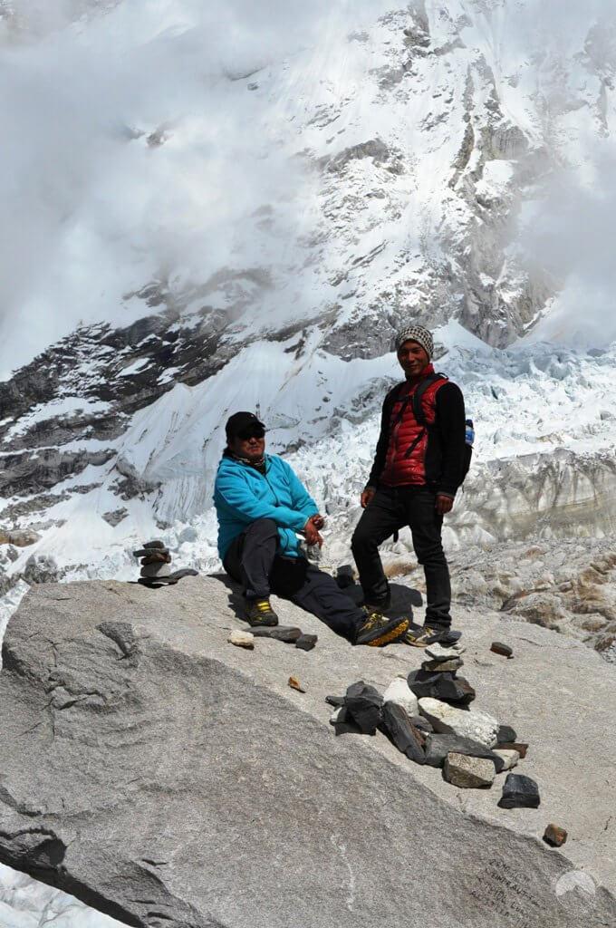 Prem Gurung und Yogeshi Rai
